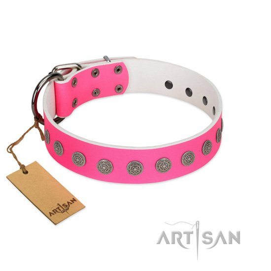 """Pop Star"" Handcrafted FDT Artisan Pink Leather Bullmastiff Collar with Round Plates"