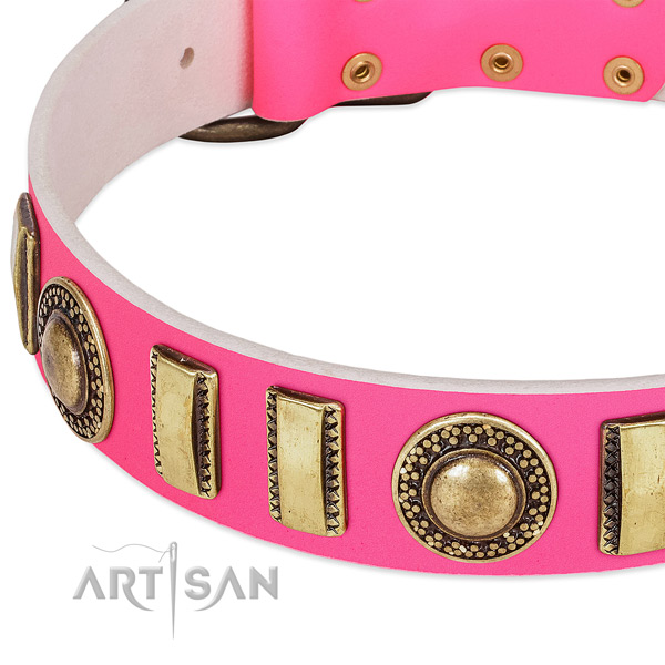 Top rate full grain genuine leather dog collar for your stylish four-legged friend