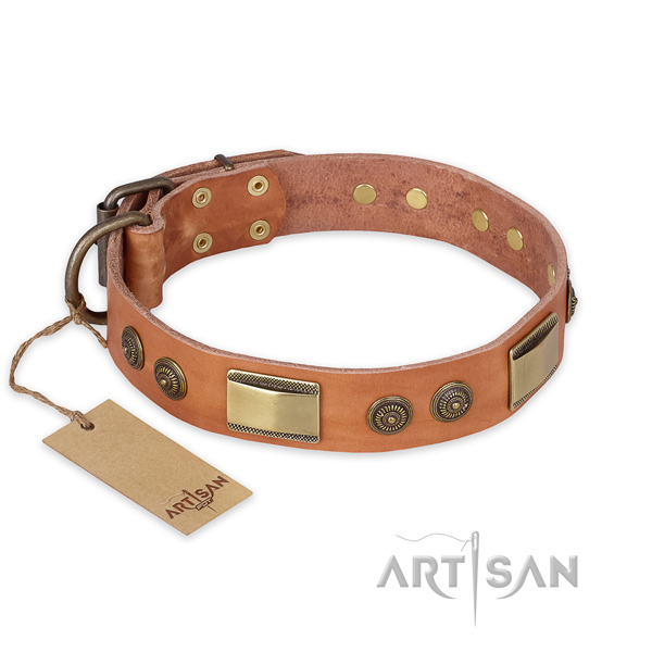 Comfortable leather dog collar for comfortable wearing